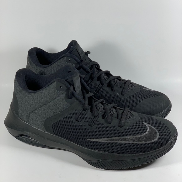 f0907f8ca07e0 Nike Air Versitile 2 Basketball Shoes